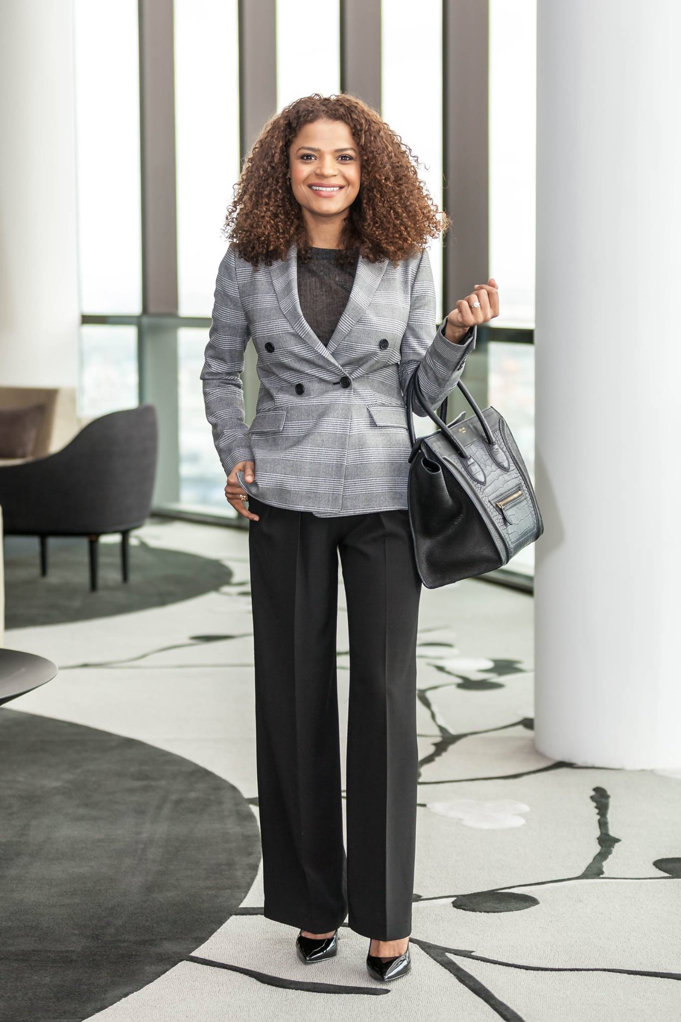 Victoria Latu, Office success, Stlylish workwear tips