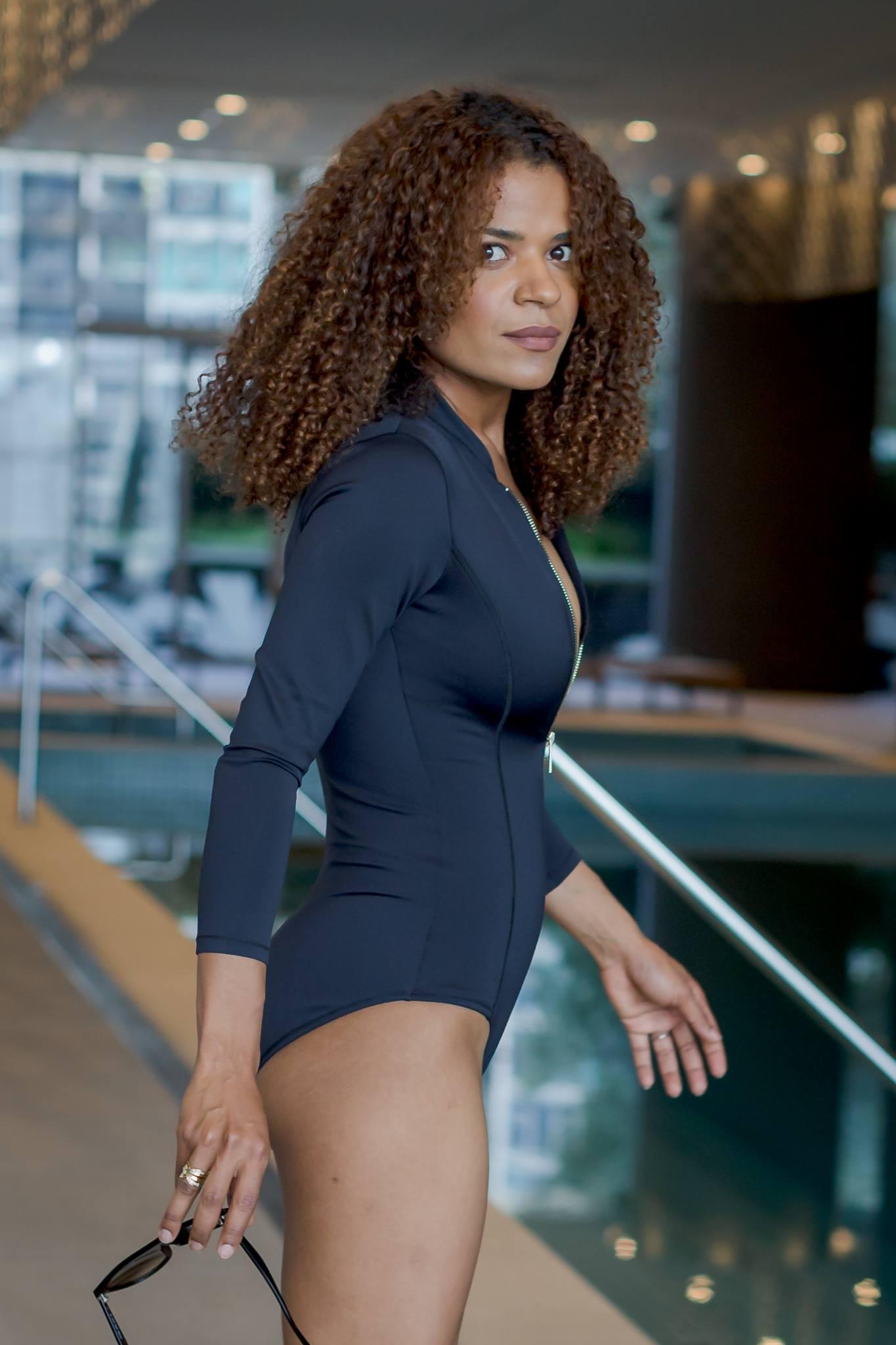 Victoria Latu in flattering Swimwear